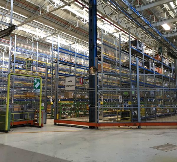 SHELVING FOR FCA NEF IN TURIN