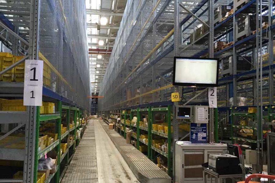 Scaffalature realizzate per FCA nef stabilimento Mirafiori