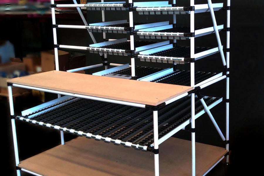 Postazione di asservimento materiali in ottica Lean Manufacturing