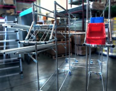 Dinamic Roller Conveyor for materials handling